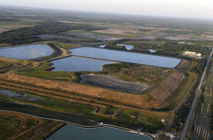 Xử lý khủng hoảng chất thải ở Florida: Hóa giải chiêu bài 'đất hiếm' của Trung Quốc