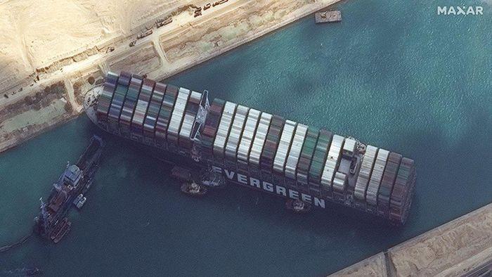 Vụ mắc cạn tàu Ever Given tại kênh đào Suez gây ô nhiễm không khí nghiêm trọng