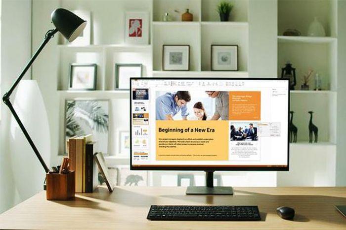 Học và làm từ xa không còn trở ngại với màn hình thông minh thế hệ mới
