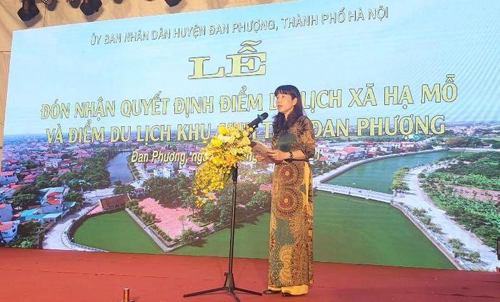 Huyện Đan Phượng đón nhận 2 điểm du lịch cấp thành phố