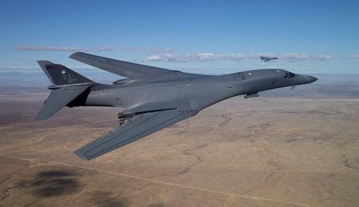 Oanh tạc cơ B-1B hư hỏng và chỉ huy căn cứ mất chức chỉ vì chiếc máy tính bảng