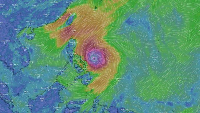 Siêu bão mạnh cấp 17 nhìn từ ngoài không gian
