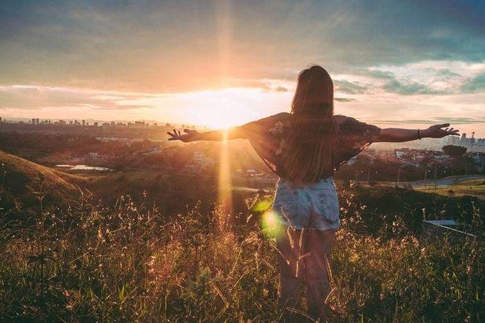 Những thói quen hằng ngày giúp bạn trông trẻ hơn đến 10 tuổi