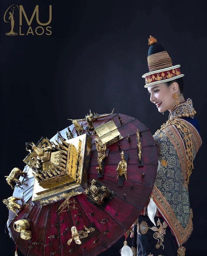 Đối thủ Khánh Vân tại Miss Universe ồ ạt hé lộ National Costume: Fan chờ đợi 'Kén Em Hoàn vũ'