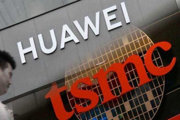 Nhà sản xuất bán dẫn cắt nguồn cung cho Huawei, Apple lại 'lấp đầy chỗ trống'