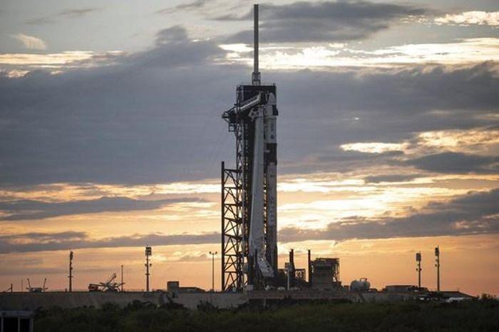 Tàu vũ trụ của SpaceX đưa 4 phi hành gia lên trạm ISS