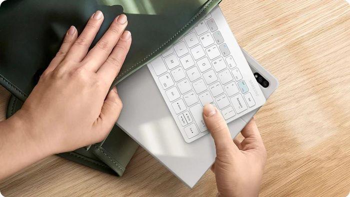 Samsung giới thiệu bàn phím mới cho smartphone và máy tính bảng