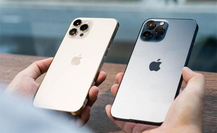 IPhone 12 Pro Max cũ bị người dùng ngó lơ