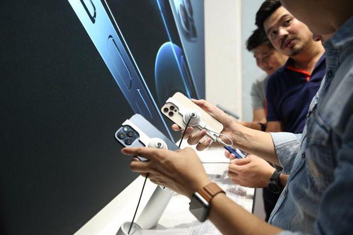 Bảo hành iPhone tại Việt Nam: Không còn '1 đổi 1', chỉ thay thế linh kiện