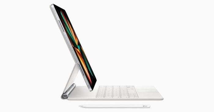 IPad Pro 12.9 inch 2021 tương thích với Magic Keyboard cũ nhưng 'không khít'