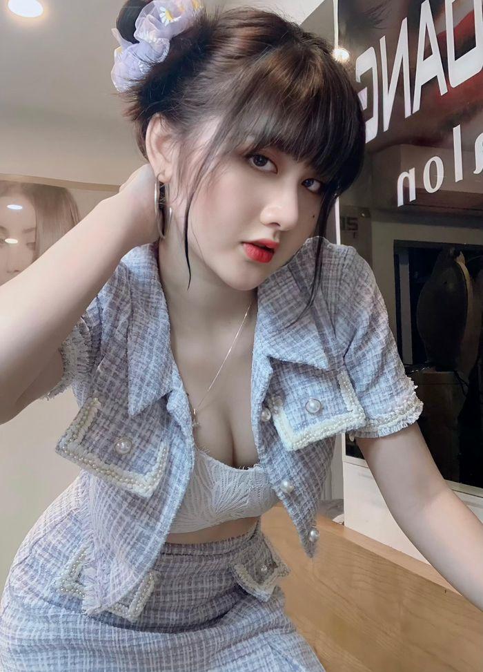 Bỏ nghề Grab, hotgirl Hải Phòng khiến dân tình 'bỏng mắt' vì ngoại hình quá nóng bỏng