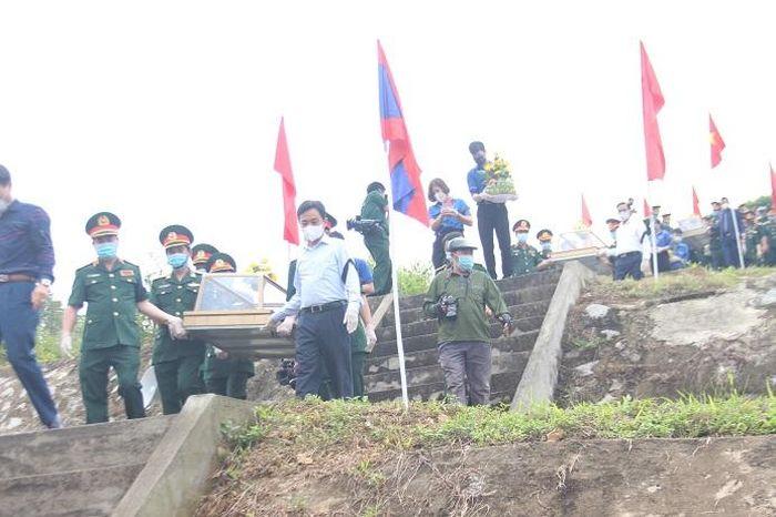 Hà Tĩnh: Tổ chức Lễ truy điệu và an táng cho 11 liệt sỹ tại Nghĩa trang liệt sĩ Nầm