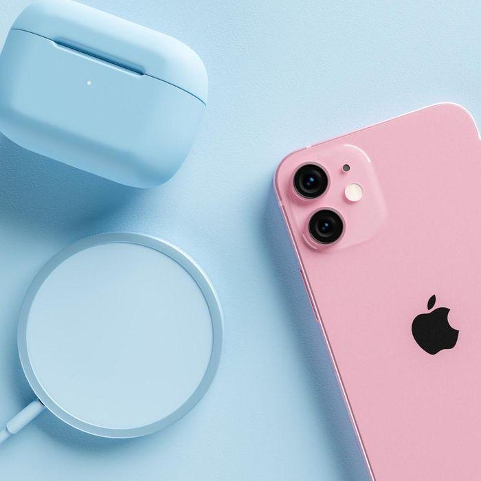 IPhone 13 và iPhone 13 Pro Max màu Rose Pink: 'Đốn tim' các iFan từ cái nhìn đầu tiên