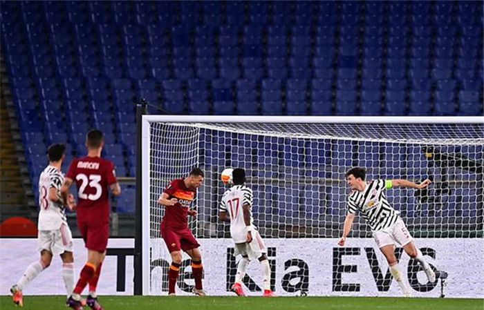 Thắng chung cuộc 8-5, MU chờ Villerreal ở chung kết Europa League