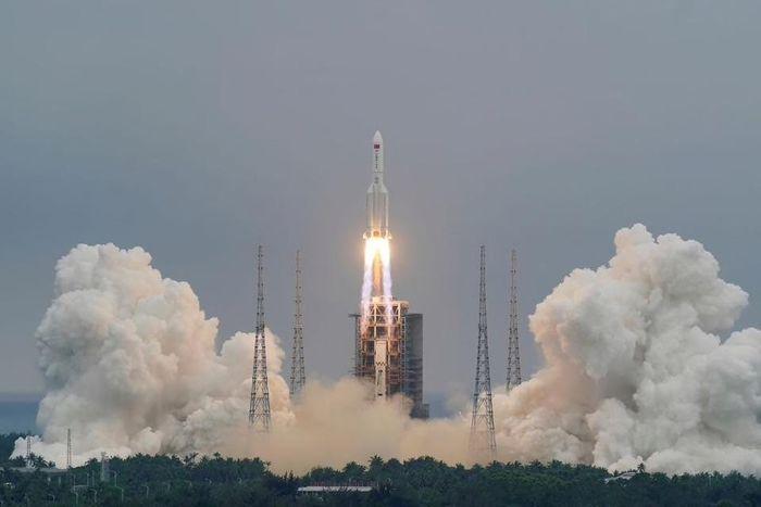 Mảnh vỡ tên lửa khổng lồ của Trung Quốc sẽ rơi xuống Trái Đất ngày 9/5