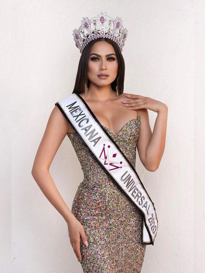 Sau 4 ngày khai màn, Khánh Vân tăng vọt thứ hạng từ top 21 lên top 12 Miss Universe 2020
