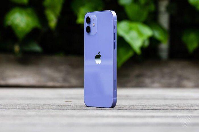IPhone 12 và iPhone 12 mini tím mộng mơ chính thức lên kệ ở Việt Nam