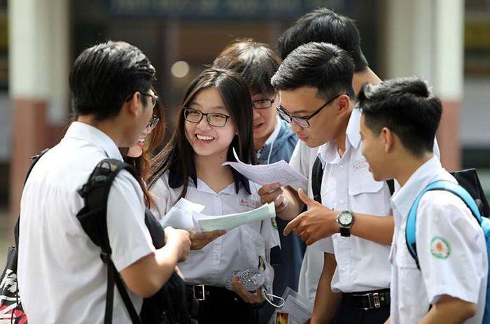 Tuyển sinh Đại học 2021: Xét điểm tốt nghiệp THPT không còn được ưu tiên hàng đầu