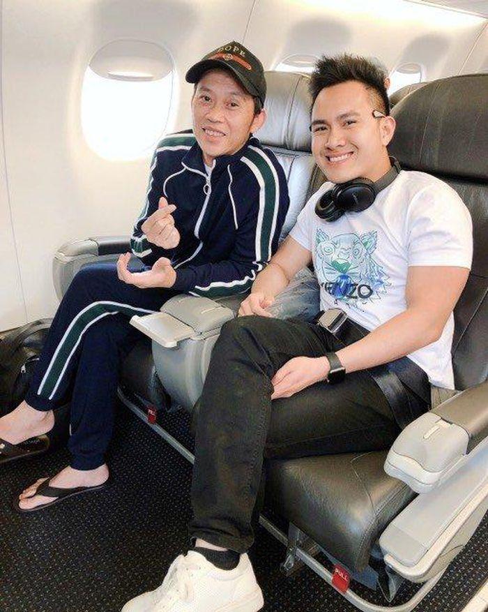 Con trai Hoài Linh lên tiếng khi bố trong 'tâm bão' bị bà Phương Hằng chỉ trích