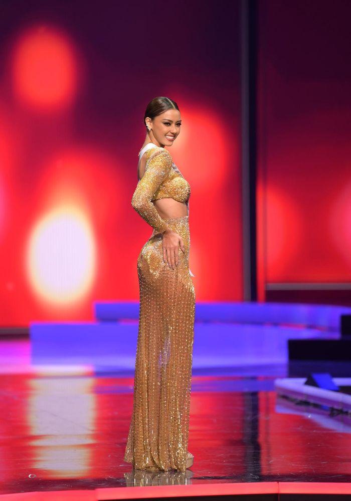 Những thí sinh tỏa sáng nhất trong đêm bán kết Hoa hậu Hoàn vũ 2021