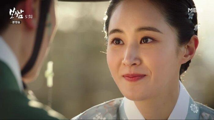 Phim của Yuri (SNSD) đạt rating cao nhất, dẫn đầu đài cáp không đối thủ