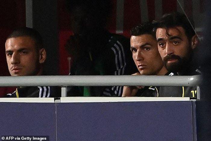 Dự bị trong ngày Juventus giành vé dự Champions League, Ronaldo vẫn lập kỷ lục