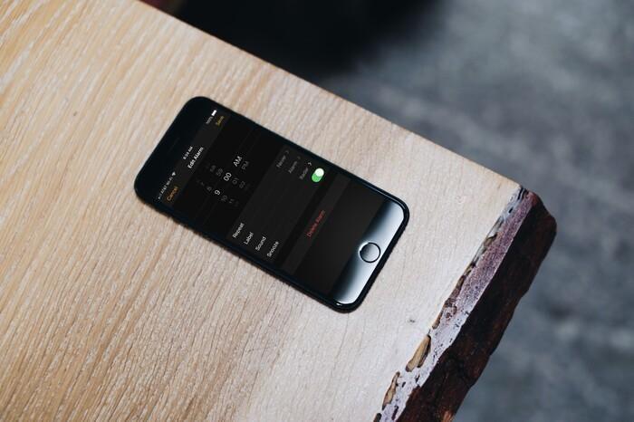 Bí ẩn lý do người dùng tại 1 quần đảo không thể sử dụng báo thức trên iPhone