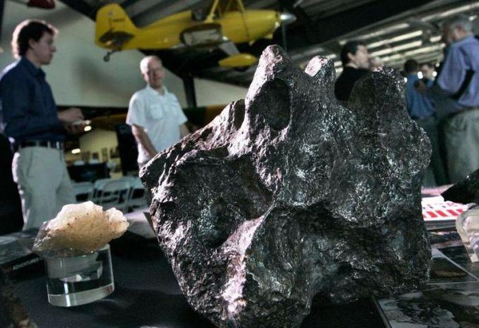 Không gian và đại dương: Mặt trận mới về khai thác khoáng sản