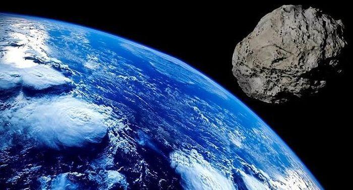 NASA: Tiểu hành tinh bằng tháp Eiffel hướng về Trái đất với tốc độ hơn 64.000 km/h