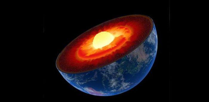 Trái Đất 'biến hình': một mảng đại dương bị nuốt sâu đến 660 km