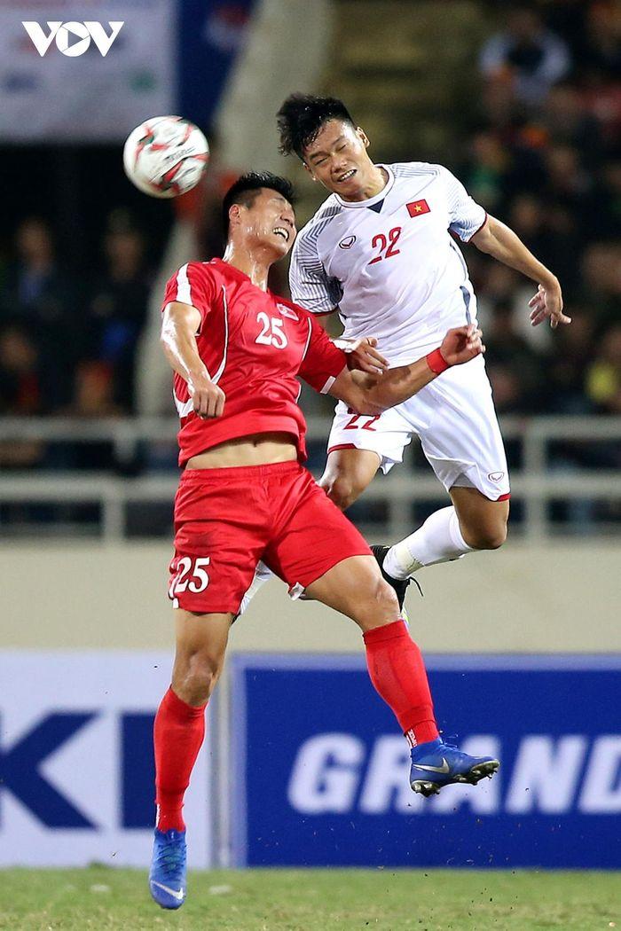 ĐT Việt Nam có thể tung ra đội hình 'siêu hậu vệ' ở vòng loại World Cup