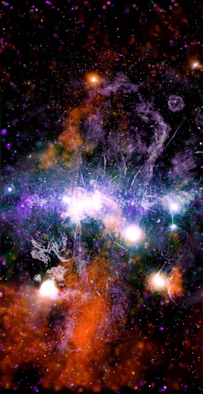 Ảnh mới của NASA về 'năng lượng dữ dội' chưa từng thấy ở trung tâm Dải Ngân hà