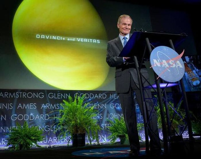 NASA đưa 2 tàu vũ trụ 'tấn công' hành tinh song sinh của Trái Đất