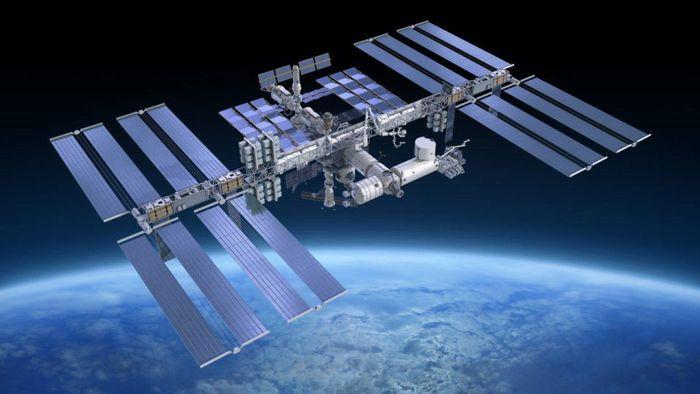 SpaceX đưa nhiều 'hành khách đặc biệt' lên Trạm ISS