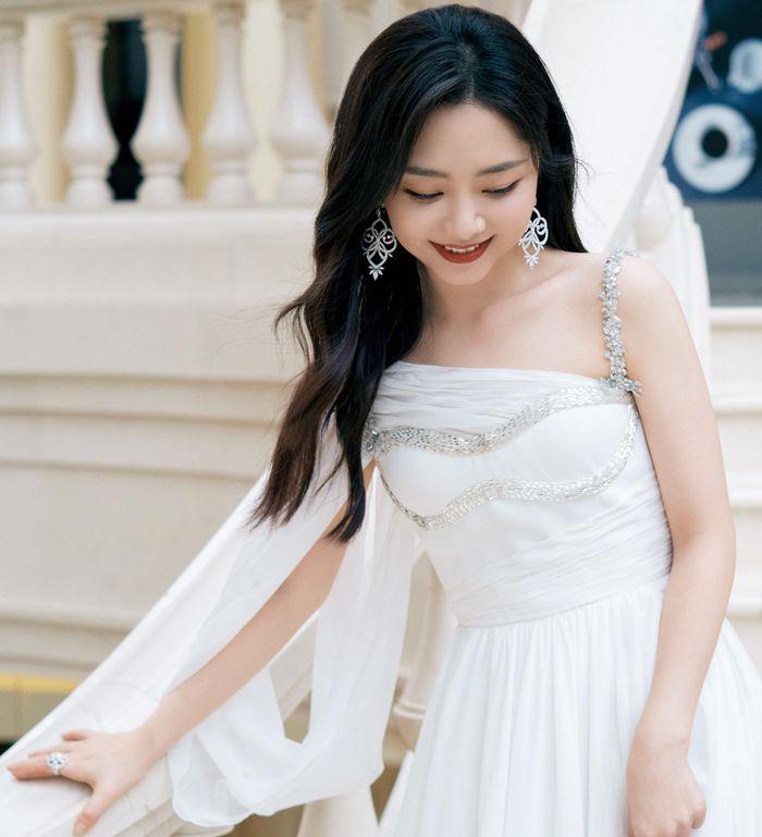 Minh tinh Hoa ngữ đọ sắc ở lễ trao giải phim truyền hình Ảnh 10