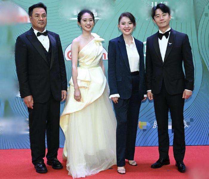 Minh tinh Hoa ngữ đọ sắc ở lễ trao giải phim truyền hình Ảnh 18