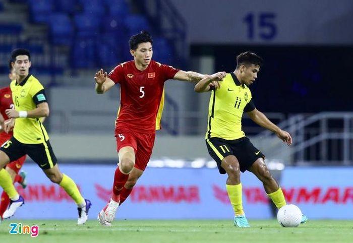Tuyển Việt Nam 1-1 Malaysia: Văn Hậu mắc sai lầm
