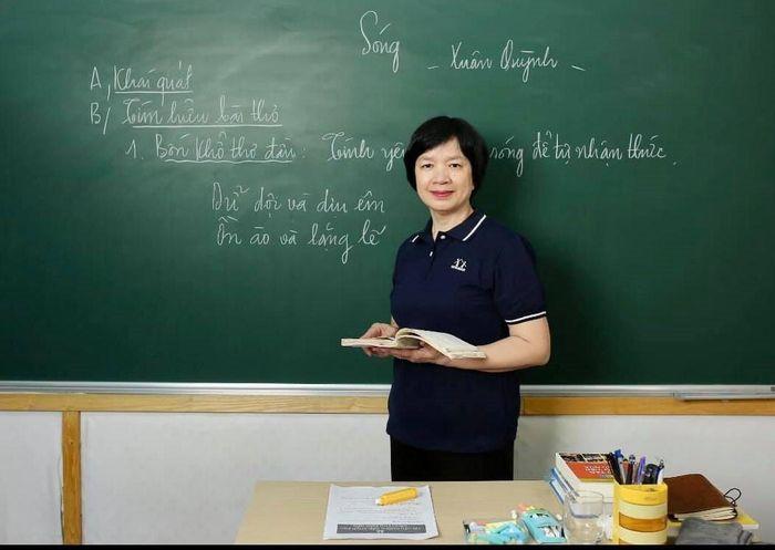 'Cách ra đề thi Ngữ văn của Hà Nội lặp đi lặp lại hàng chục năm qua'