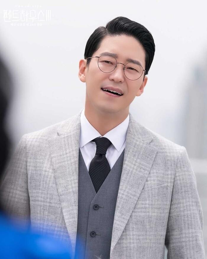 Phim giả tình thật, Uhm Ki Joon - Lee Ji Ah đang hẹn hò?