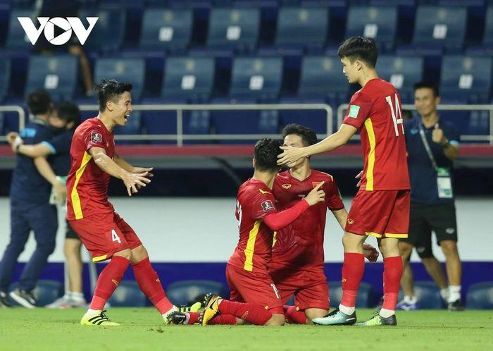 TRỰC TIẾP ĐT Việt Nam 1 - 0 Malaysia: Công Phượng rời sân