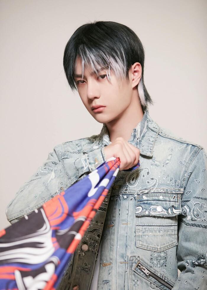 Vì sao Vương Nhất Bác tiếp tục làm đội trưởng Street Dance Of China 4?