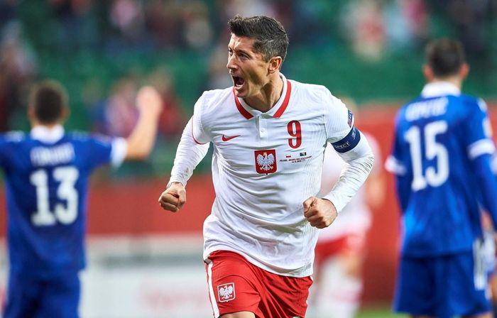 Ba Lan vs Slovakia: Gánh nặng trên vai Robert Lewandowski