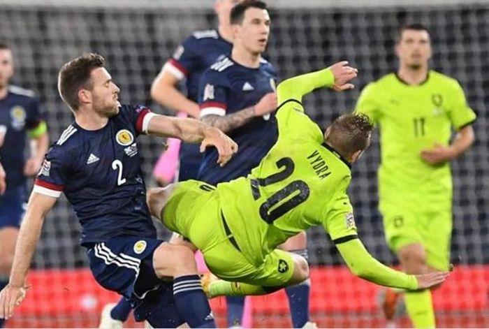 Scotland vs Séc: Xứng đáng là trận 'chung kết ngược' của bảng D