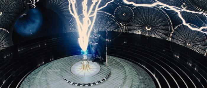 'Thần điêu đại bịp' Loki từng sử dụng những món thần khí gì?