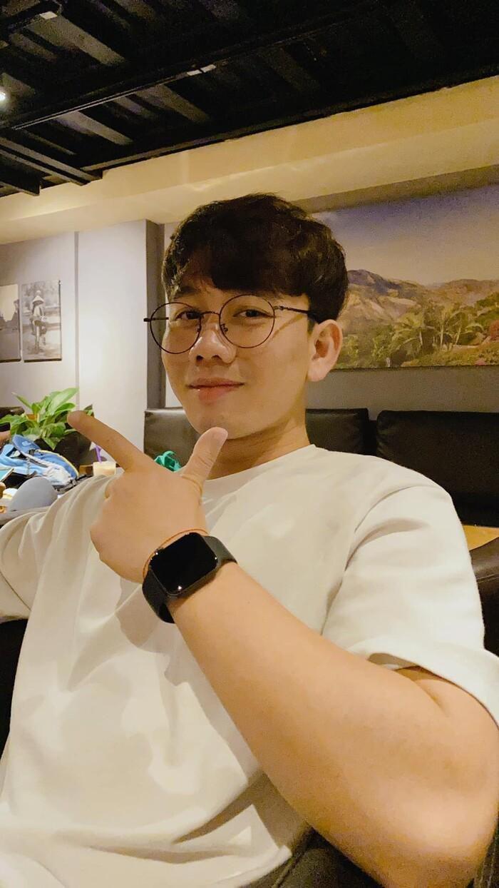 Là người hùng ở phút chót, lượt follow Facebook tiền vệ Minh Vương bất ngờ 'bùng nổ' chỉ trong vài giờ