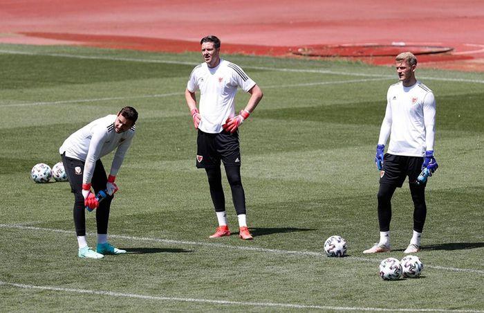 Trực tiếp Thổ Nhĩ Kỳ 0-0 Xứ Wales: Bale đá chính
