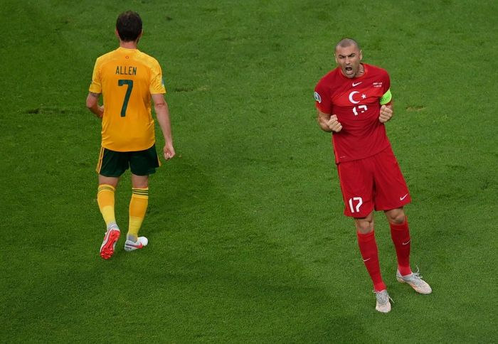 Bale kiến tạo 'siêu hạng', Xứ Wales thắng dễ Thổ Nhĩ Kỳ