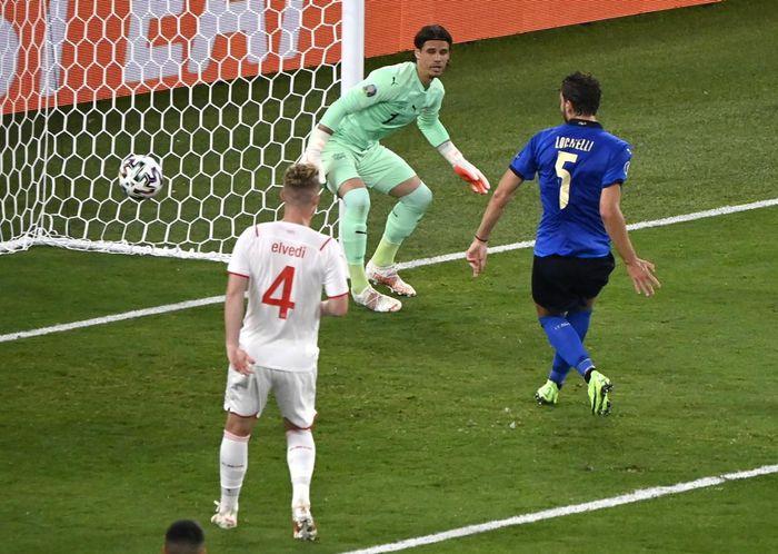TRỰC TIẾP Italia 2 - 0 Thụy Sĩ: Siêu phẩm của Locatelli