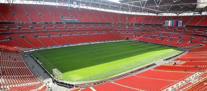 UEFA tuyên bố có thể sẽ chuyển địa điểm tổ chức trận Chung kết EURO 2020, vì lý do gì vậy?