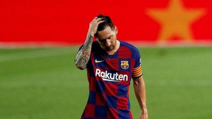 Barca không thể đăng kí thi đấu cho Aguero và Messi